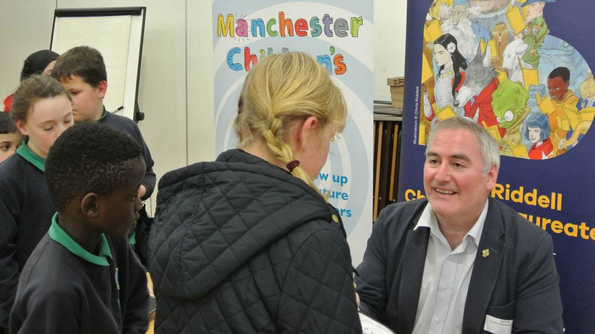 Chris Riddell visits a school and talks to students