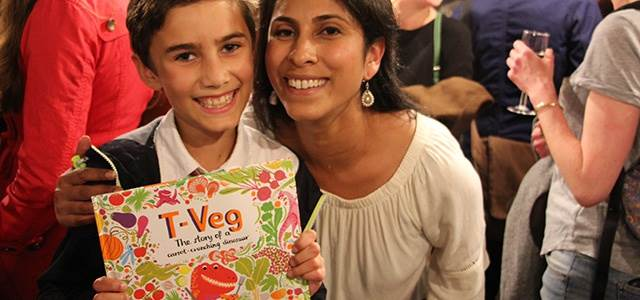 Smriti and one of her sons at the launch of T-Veg