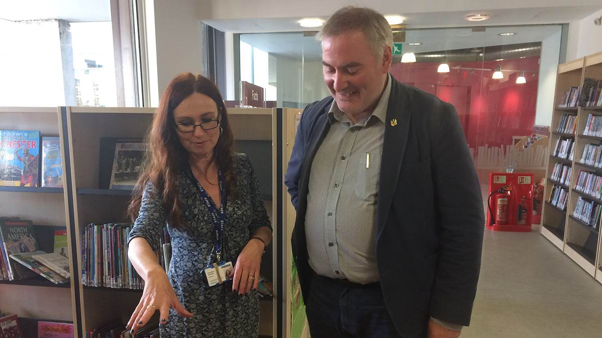 Chris Riddell at Bradford Library