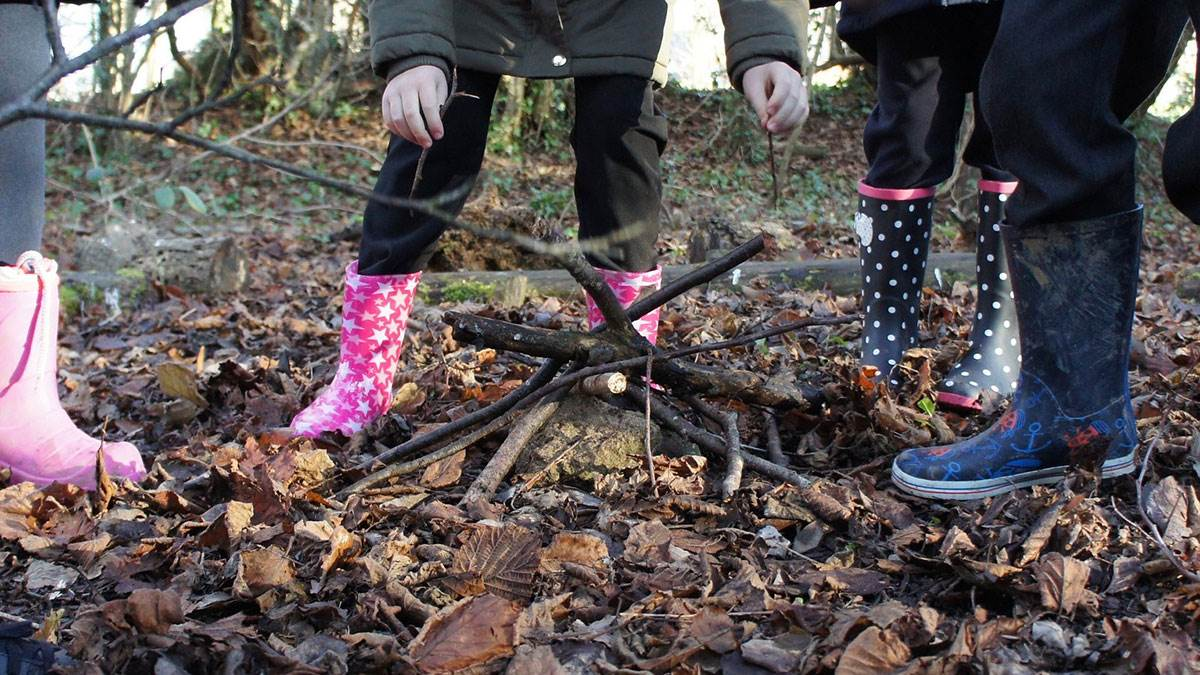 Childrens wellington boots in woodland