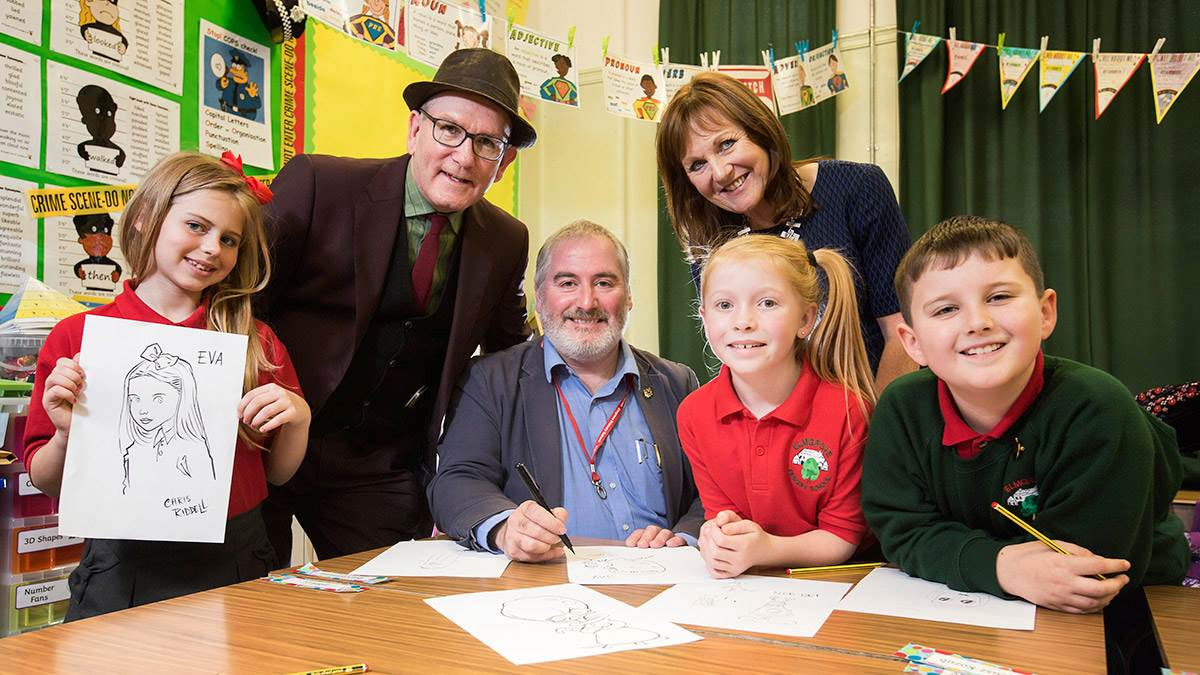 Chris Riddell at Elmgrove school in Belfast