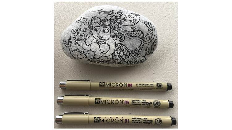Sarah McIntyre's pebble and pens